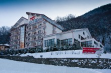 hotel-orizont-cozia-iarna